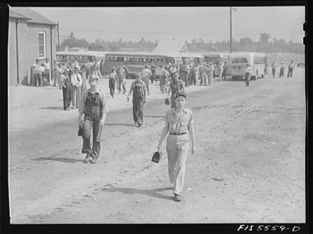 Sheffield, Alabama. Reynolds Alloys Company. The four o'clock shift coming in from busses