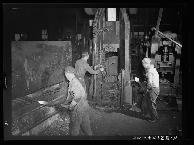 Southington, Connecticut. Workers in the Peck, Stow and Wilcox factory