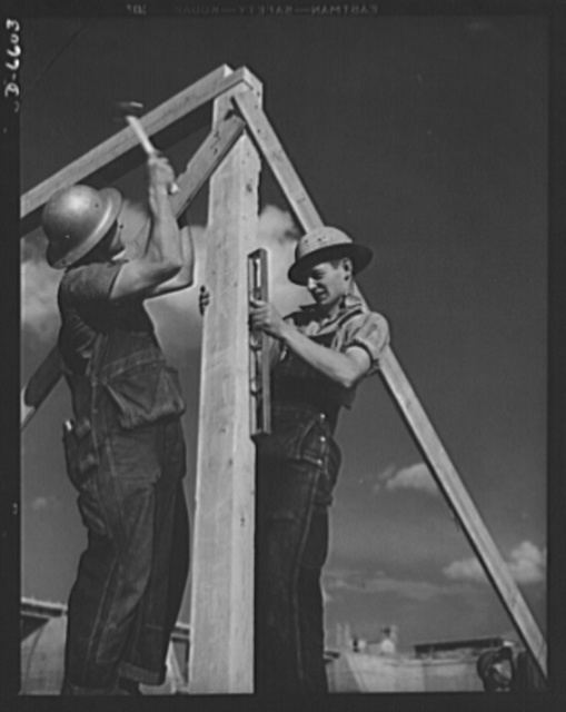 Tennessee Valley Authority power and conservation. Fort Loudoun Dam construction. Carpenters setting a frame at the new Fort Loudoun Dam, furthest upstream of the TVA's main Tennessee River projects. Scheduled for closure and first storage of water early in 1943, this dam will create a 15,000-acre lake reaching fifty-five miles upstream to the city of Knoxville. The reservoir will have a useful storage capacity of 126,000 acre-feet. Power installation of 64,000 kilowatts is authorized, with a possible ultimate of 96,000 kilowatts