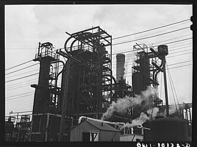 Tulsa, Oklahoma. Crude pipe still at the Mid-continent refinery