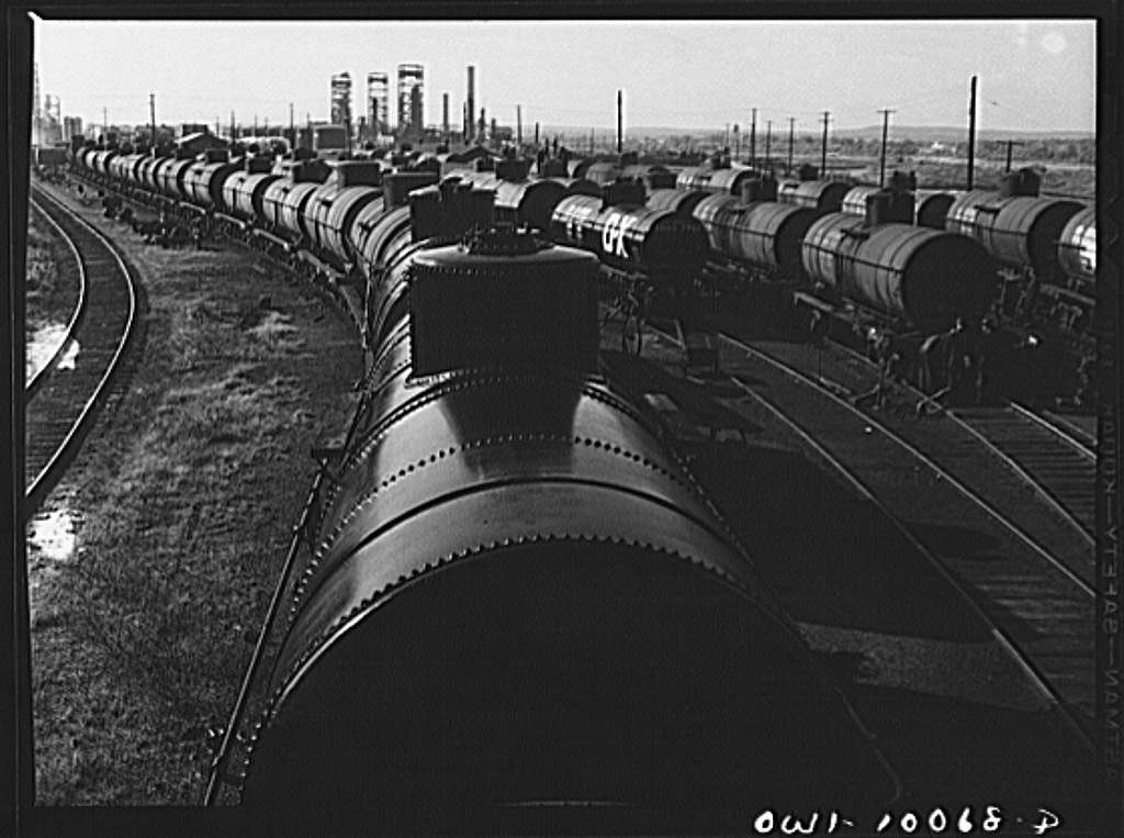 Tulsa, Oklahoma. Tank cars at the Mid-continent refinery