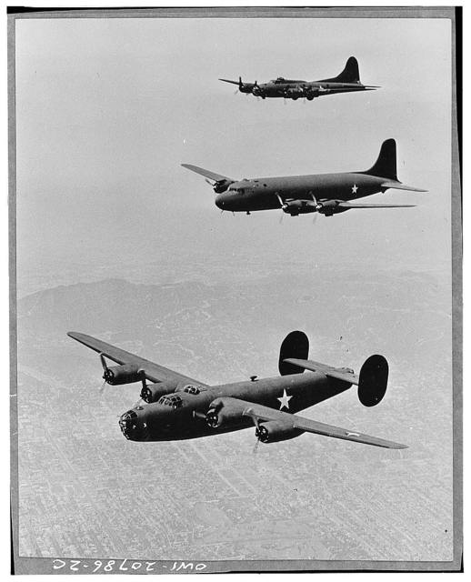 United States planes in echelon formation. From the top: Boeing Flying Fortress (B17); Douglas Transport; Consolidated Liberator (B 24)