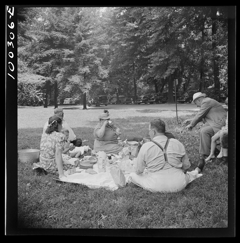 Washington, D.C. A Sunday picnic in Rock Creek Park