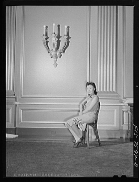 Washington, D.C. International youth assembly. A well-known Chinese actress, just arrived from Chungking, who visited the assembly