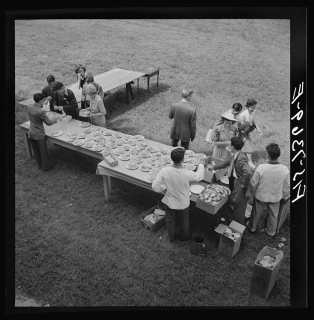 Washington, D.C. International youth assembly. Luncheon for delegates on the lawn at American University