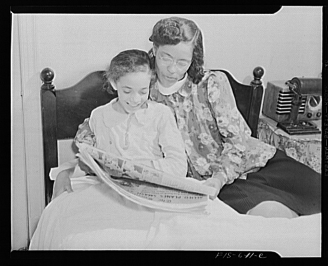 Washington, D.C. Jewal Mazique [i.e. Jewel], worker at the Library of Congress, with one of her nieces