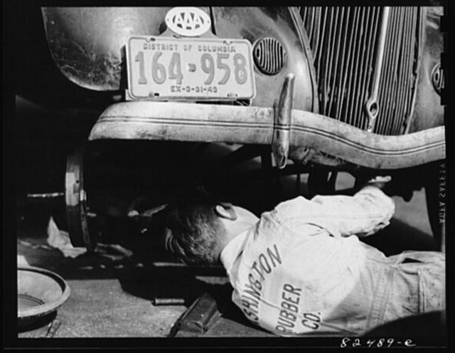 Washington D.C. Mechanic working on a car
