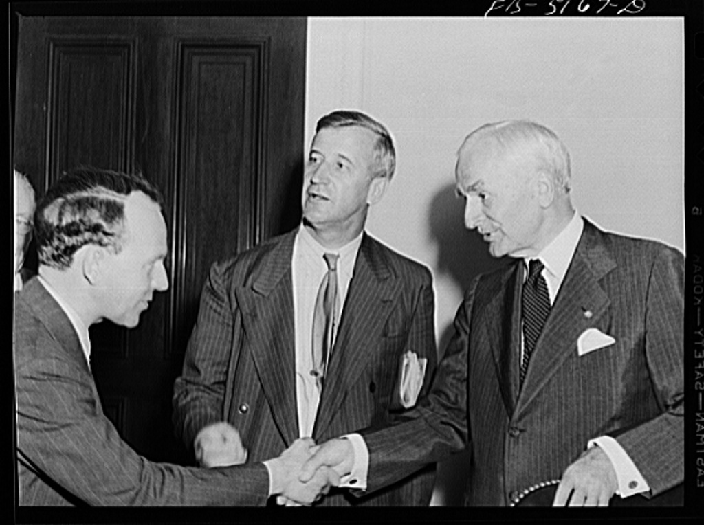 Washington, D.C. Mr. Nasstrom, a Swedish journalist on tour in the United States, meeting Secretary Hull after a press conference