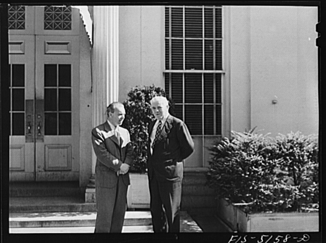 Washington, D.C. Mr. Vinde, a Swedish journalist, with Mike McDermott of the U.S. State Department, after President Roosevelt's press conference