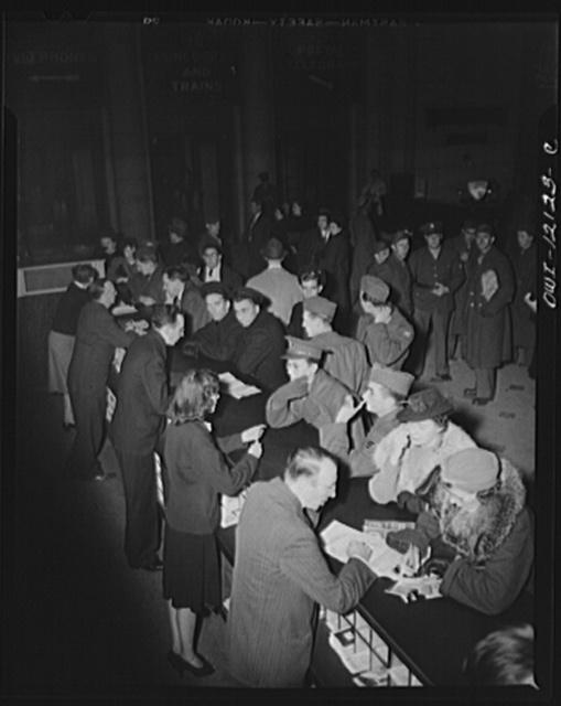 Washington, D.C. Soldiers, sailors and civilians at the information desk