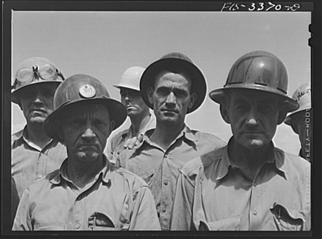 Watts Bar Dam, Tennessee. Tennessee Valley Authority (TVA). Workers
