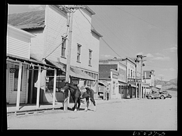 Wisdom, Montana. Main street of Wisdom, largest of two towns in the Big Hole Basin with a population of 385