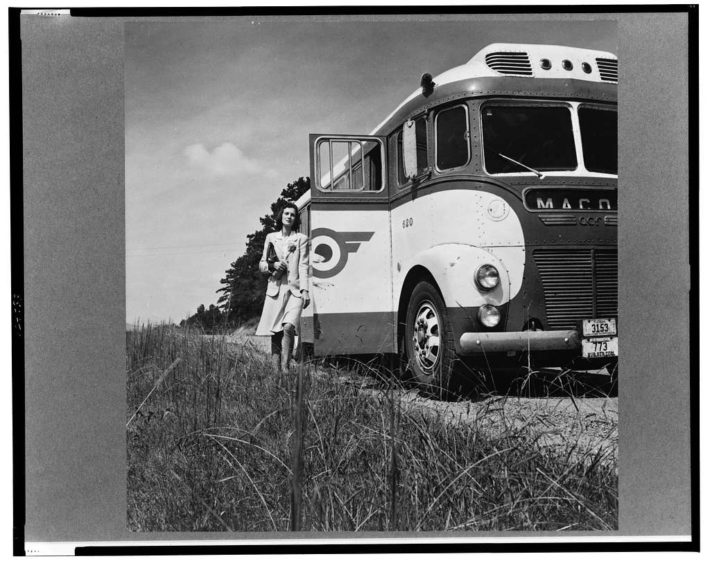 A Greyhound bus trip from Louisville, Kentucky, to Memphis, Tennessee, and the terminals. Passengers can get off at any place they wish along the road