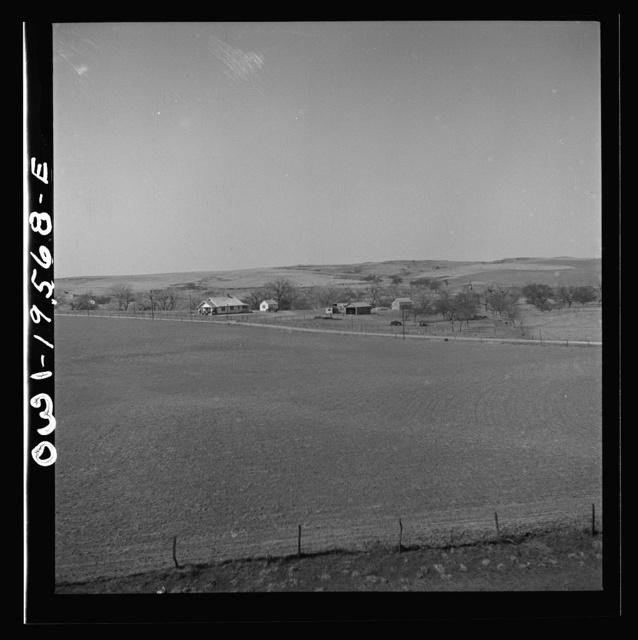 Alva (vicinity), Oklahoma. Farm landscape along the Atchison, Topeka and Santa Fe Railroad between Wellington, Kansas and Waynoka, Oklahoma