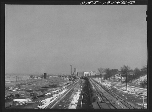Argentine, Kansas. A train from the west pulling into the Atchison, Topeka and Santa Fe Railroad yard