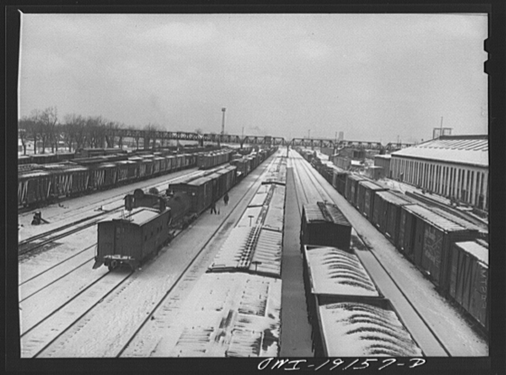Argentine, Kansas. General view of the Atchison, Topeka and Santa Fe Railroad yard
