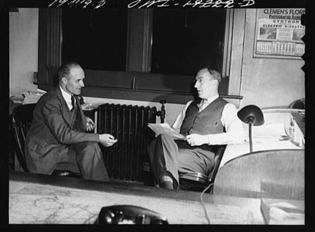 Argentine, near Kansas City, Kansas. O. L. Walton, night special agent, and H. C. Witaker, night trainmaster, in the trainmaster's office