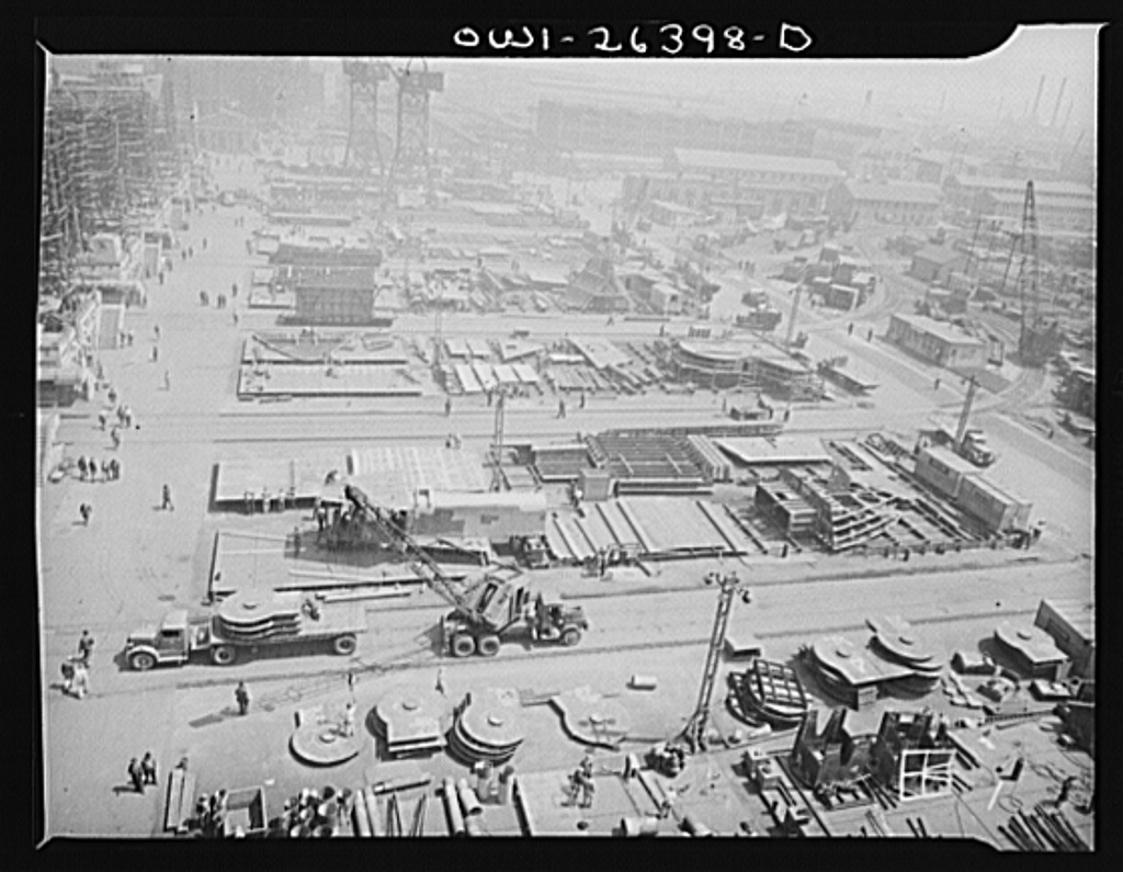 Bethlehem-Fairfield shipyards, Baltimore, Maryland. General view of shipyards