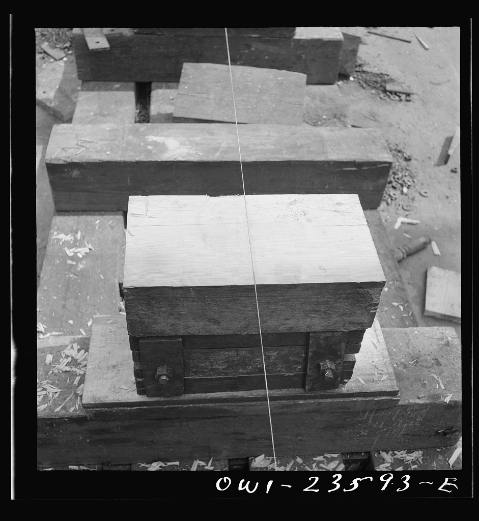 Bethlehem-Fairfield shipyards, Baltimore, Maryland. Lining up keel blocks