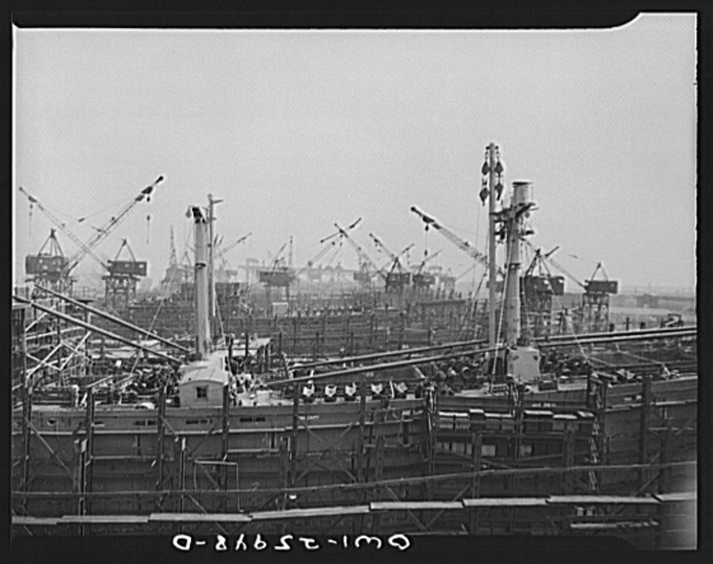 Bethlehem-Fairfield shipyards, Baltimore, Maryland. Looking across the shipways