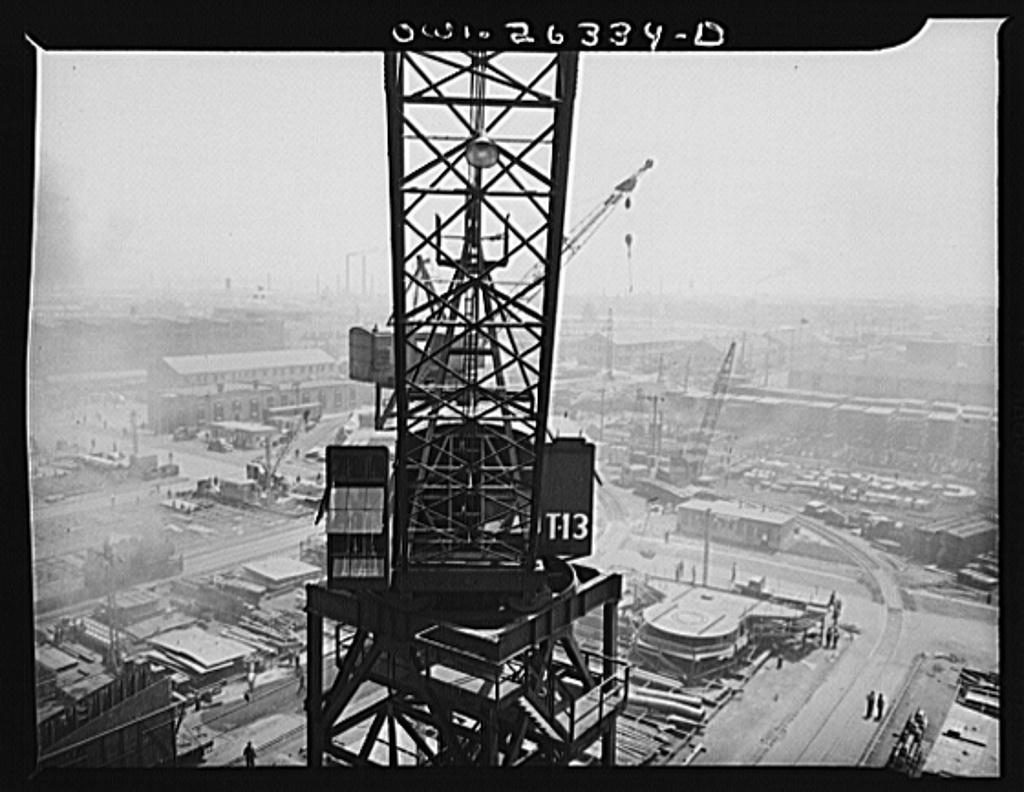 Bethlehem-Fairfield shipyards, Baltimore, Maryland. Looking across the yards