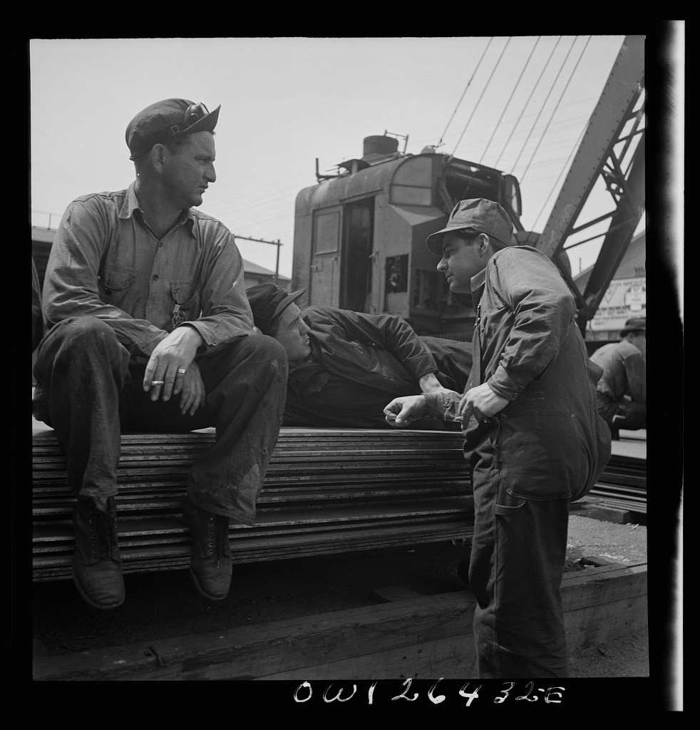 Bethlehem-Fairfield shipyards, Baltimore, Maryland. Worker resting during lunch hour