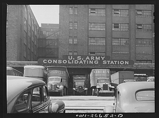 Chicago, Illinois. Freight depot of the United States Army consolidating station