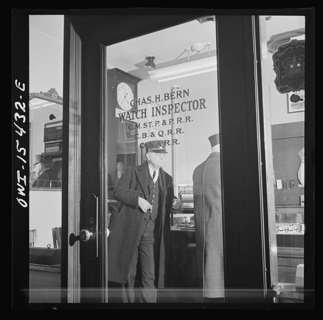Chicago, Illinois. Railroad men have their watches inspected periodically at the watch inspector's office in the Union Station