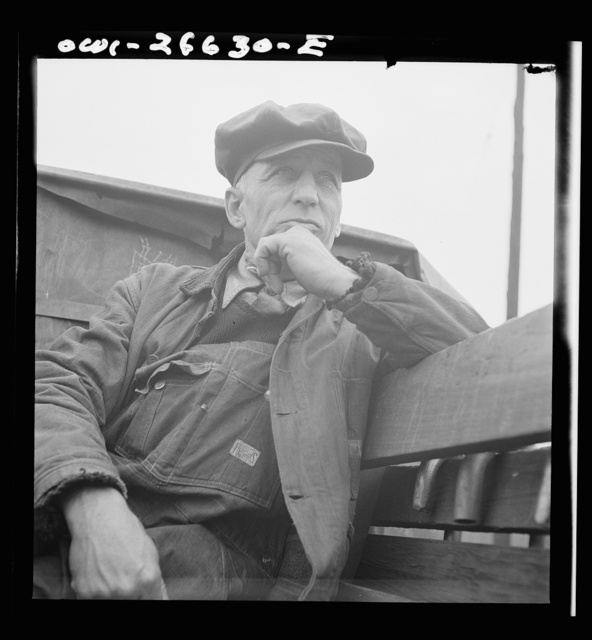 Cicero, Illinois. A switchman at Clyde yard of the Chicago, Burlington and Quincy Railroad