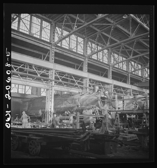 Clovis, New Mexico. General view of locomotive shops in the Atchison, Topeka and Santa Fe Railroad yard
