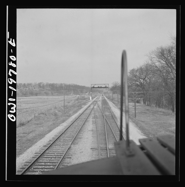 Craig, Kansas. Track crossover. For twelve and one half miles west of Argentine, the track reversal system is used