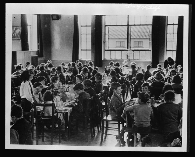Food in Britain. Nearly a million British children receive substantial midday meals in schools. They pay only for the cost of the meal and where the parents cannot afford the low price, arrangements are made by authorities to pay all or part of the costs