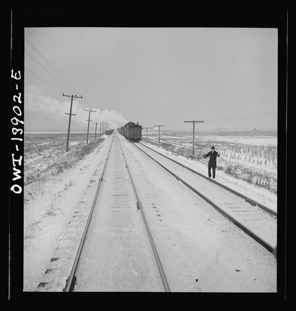 Freight operations on the Indiana Harbor Belt railroad between Chicago, Illinois and Hammond, Indiana. On their way back, the crew stops twenty minutes for dinner