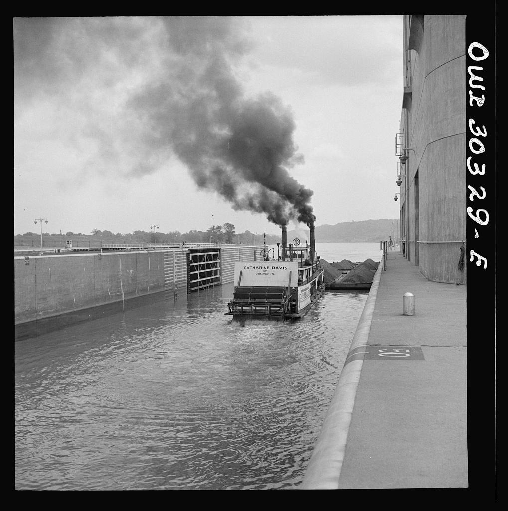 Gallipolis, Ohio. Katherine Davis going down the Ohio River through the Gallipolis locks