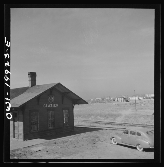 Glazier, Texas. Going through a town on the Atchison, Topeka and Santa Fe Railroad