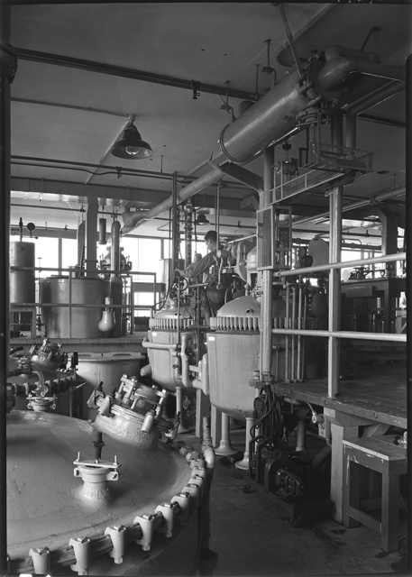 Hoffmann-LaRoche Inc., Nutley, New Jersey. Building no. 34, two kettles