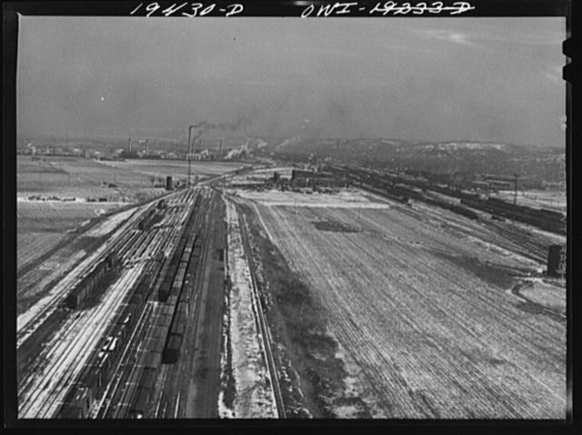 Kansas City, Kansas. View of part of the Atchison, Topeka and Santa Fe Railroad yard and shops at Argentine, Kansas