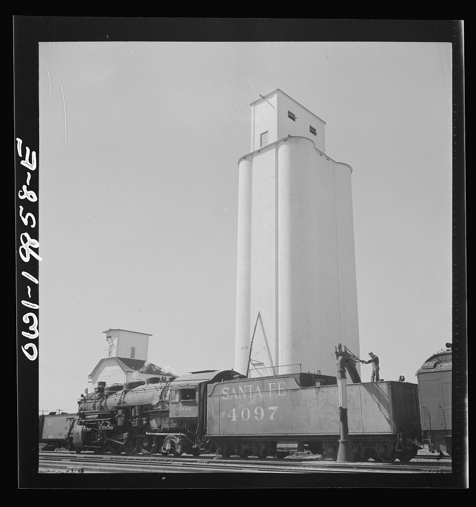 Kiowa, Kansas. Freight train pulling out on the Atchison, Topeka and Santa Fe Railroad between Wellington, Kansas and Waynoka, Oklahoma