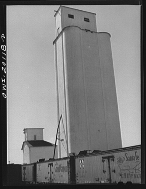 Kiowa, Kansas. Grain elevator along the route of the Atchison, Topeka and Santa Fe Railroad