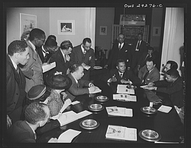 Liberian President holds Blair House press conference. His Excellency, Edwin Barclay, President of the Republic of Liberia, talked readily and easily about the strategic positions of his country and the potentialities of its rubber industry in a press conference at the historic Blair House on Thursday, May 27, 1943