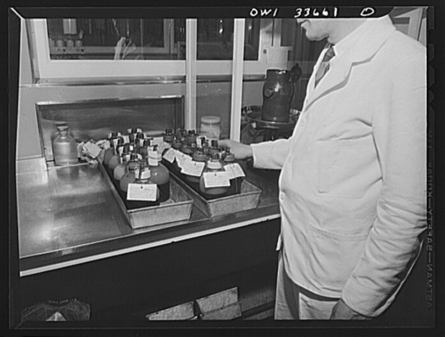 Parke, Davis and Company, manufacturing chemists, Detroit, Michigan. Recording blood samples from donors before pooling