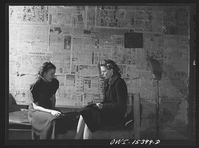 Rio Grande, Gallia County, Ohio. Mrs. Reed Hall talking with home supervisor on farm in hill section