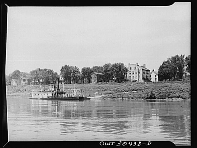 River ferry at Gallipolis, Ohio