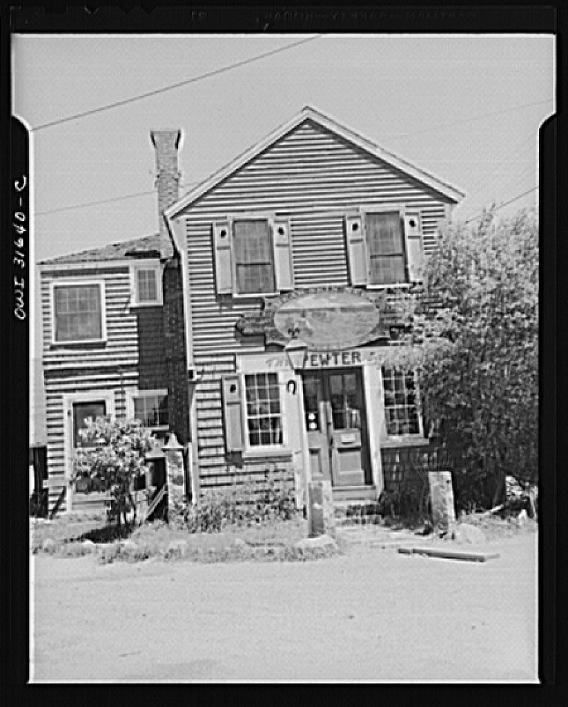 Rockport, Massachusetts. Pewter shop owned by Mr. Whitney at Rockport