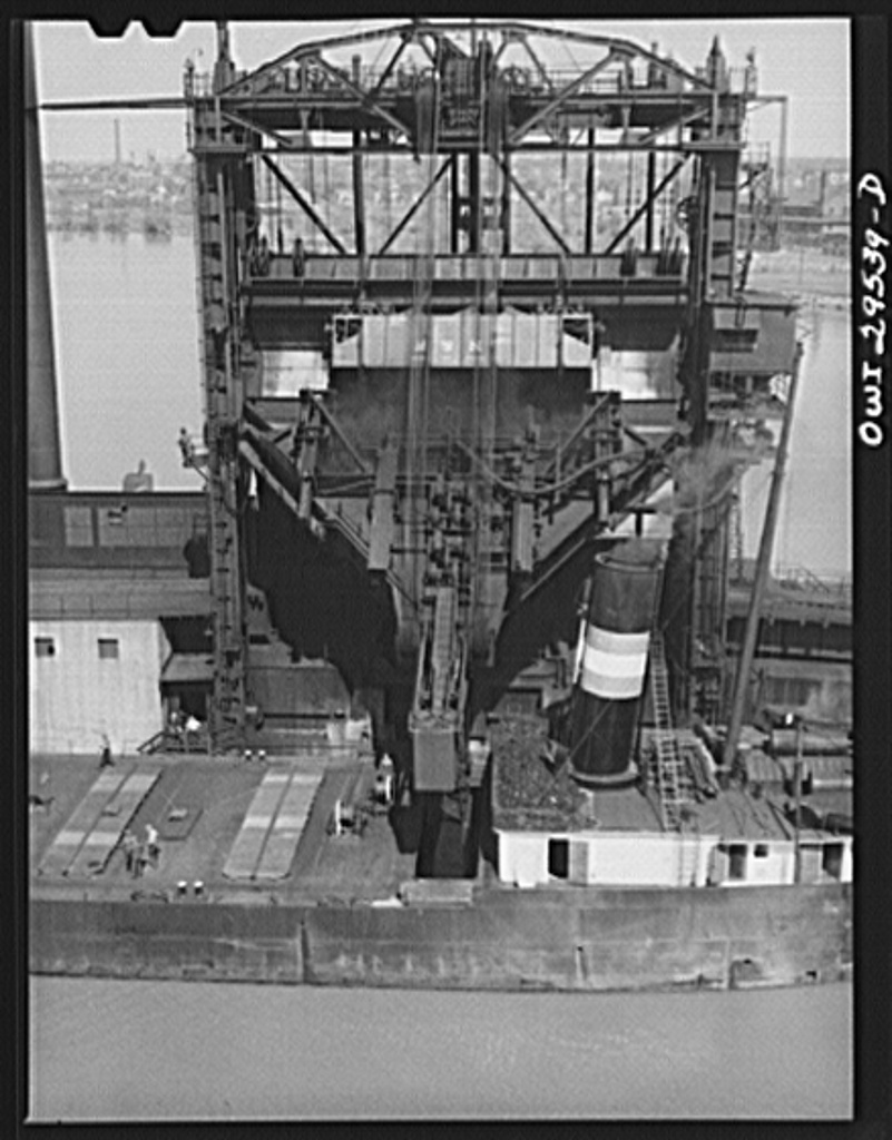 Sandusky, Ohio. Loading coal into a lake freighter at the Pennsylvania Railroad docks