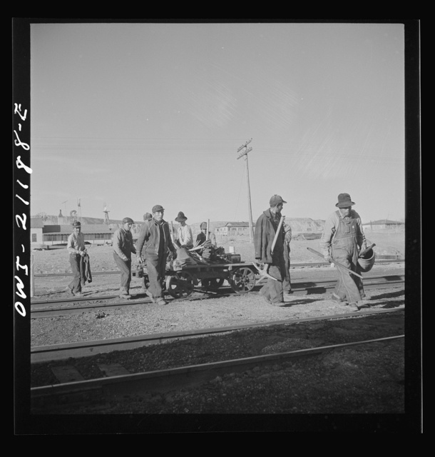 Thoreau, New Mexico. Section crew coming in after a day's work along the Atchison, Topeka and Santa Fe Railroad between Belen and Gallup, New Mexico