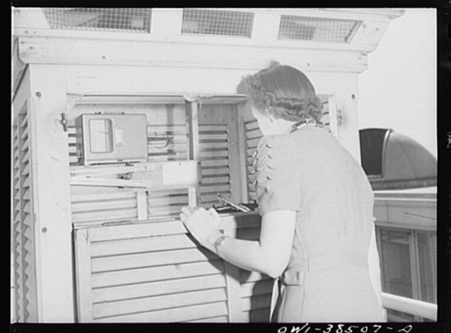 Washington, D C  The U S  Weather Bureau station at the