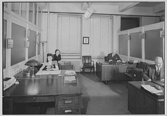 Sperry & Hutchinson Co., 114 5th Ave., New York City. Buying offices