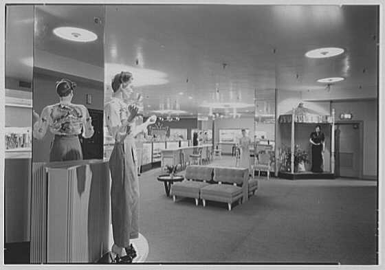 Bonwit Teller, business at 17th and Chestnut, Philadelphia, Pennsylvania. Interior VII