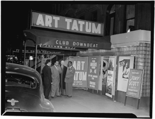 [Portrait of Art Tatum and Phil Moore, Downbeat, New York, N.Y., between 1946 and 1948]
